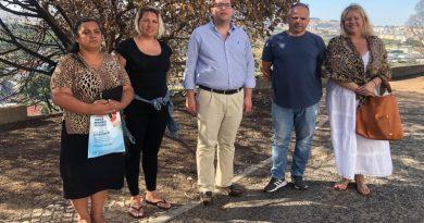 Candidatos à Assembleia da República pelo CDS visitam antigos Bairros do Governo Civil na Pontinha em Odivelas